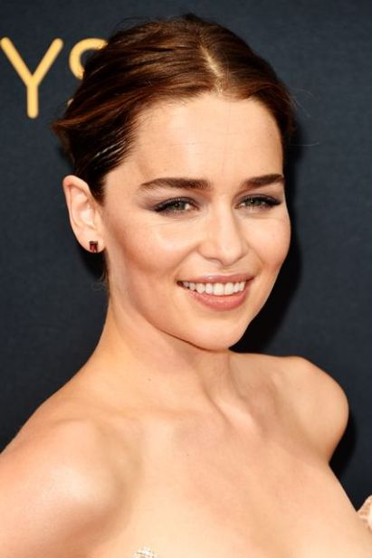 emilia-clarke-natural-makeup-photo-john-shearer